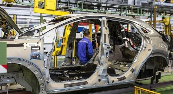 افزایش تیراژ تولید خودرو در کشور به ۱.۵ میلیون دستگاه در سال آینده